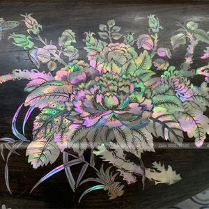 Bông hoa cúc được sen lọng cực nhiều và kĩ thuật