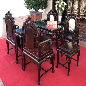 Bộ bàn ghế vách cổng thành gỗ gụ cực sang trọng và tinh tế
