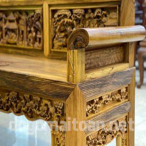 Đục chạm các chi tiết của ghế cực tỉ mỉ và sang trọng